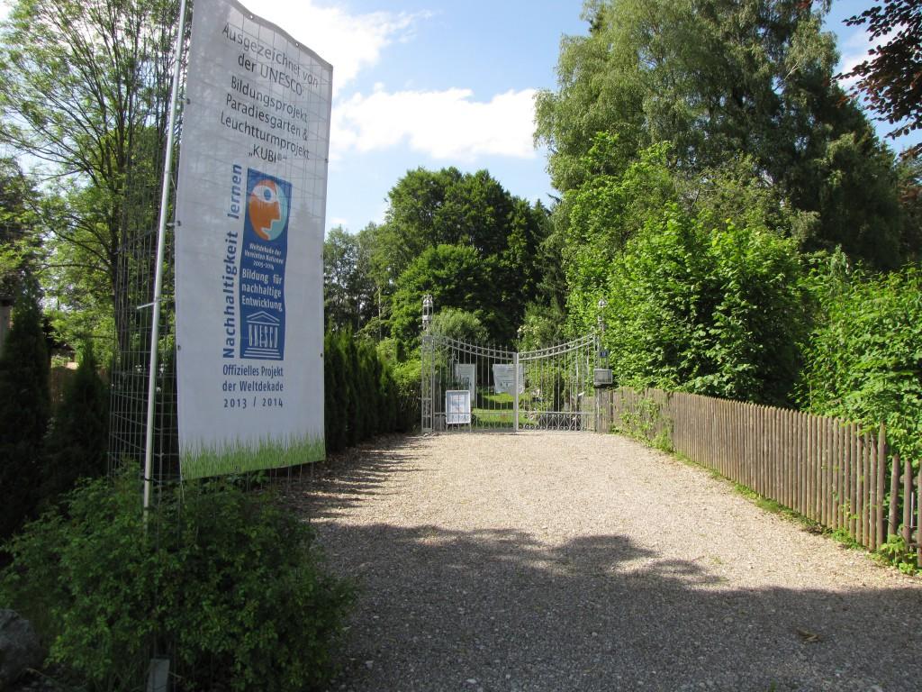Paradiesgarten Eingang, Tor